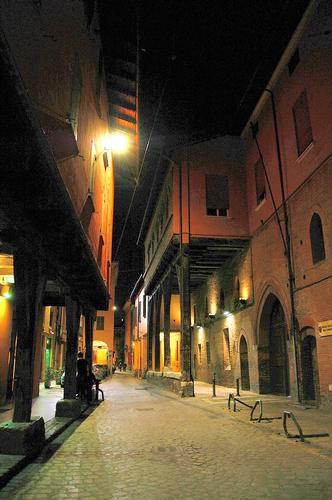 VIA MARSALA - Bologna (5666 clic)