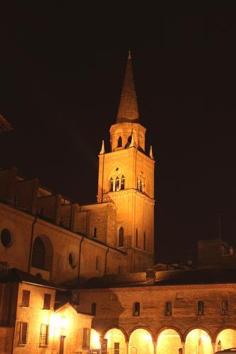 campanile di S, Andrea - Mantova (1210 clic)
