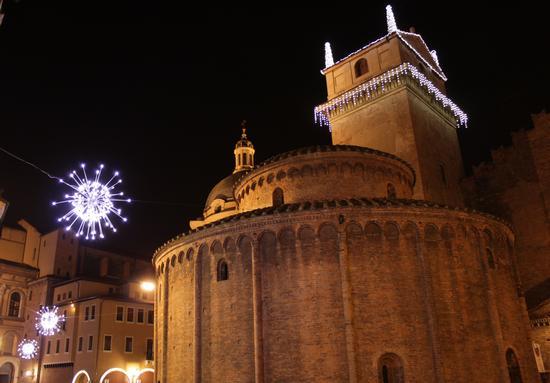 scorcio Rotonda di San Lorenzo, Torre Palazzo della Ragione  - Mantova (2183 clic)