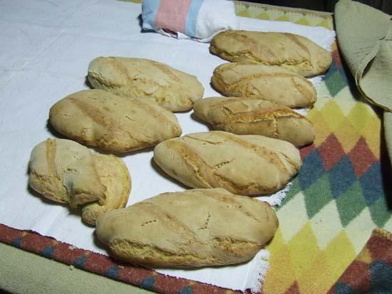 Pane appena sfornato - Pettineo (3609 clic)