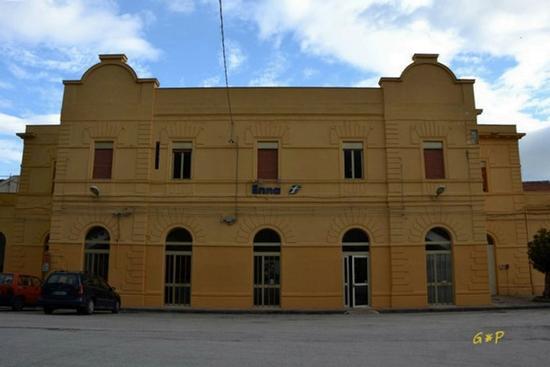 Enna - Stazione di Enna (4894 clic)