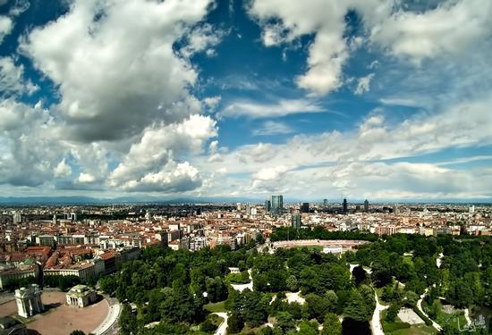 Semplicemente Milano (2039 clic)
