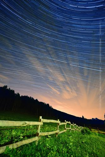 Startrail at Piani Resinelli (890 clic)
