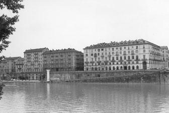 Come cambiano i tempi - Torino (1443 clic)