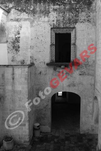 Angolo cortile castello Andrano (994 clic)