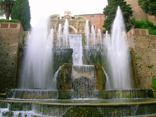 Villa d'Este Fontana dell'Organo. - TIVOLI - inserita il 18-Mar-11