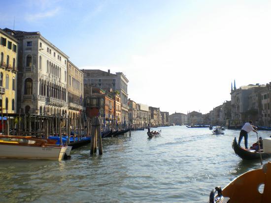 Dal Canal Grande per Calli e Campielli 13 - Venezia (1458 clic)