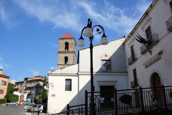 S. Maria delle Grazie e sede comunale - Atripalda (1641 clic)