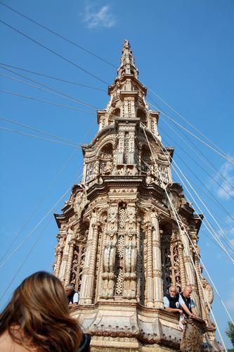 La tirata del carro - L'obelisco - - Mirabella eclano (2169 clic)