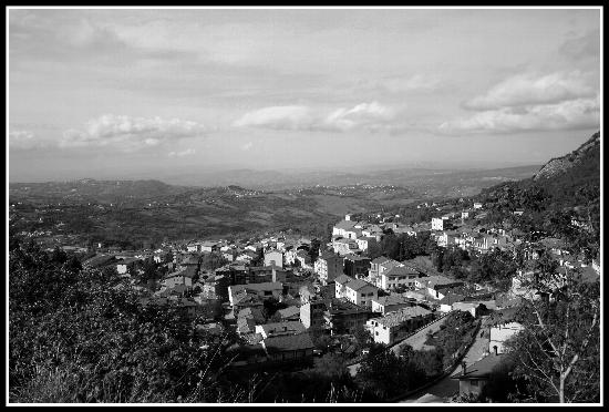 Panorama di Chiusano S.D. Avellino (2945 clic)