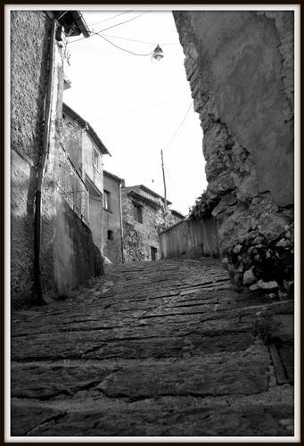 Da qui scendevano i briganti. Volturara Irpina - Avellino (2232 clic)