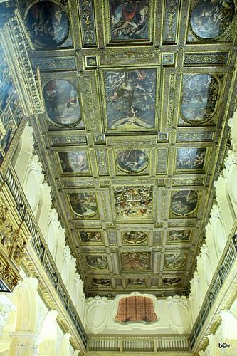 Collegiata S. Michele Arcangelo Solofra(Av) (2209 clic)