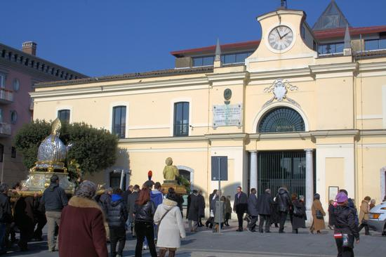 Processione di San Sabino e San Romolo patroni di Atripalda (AV) (1811 clic)
