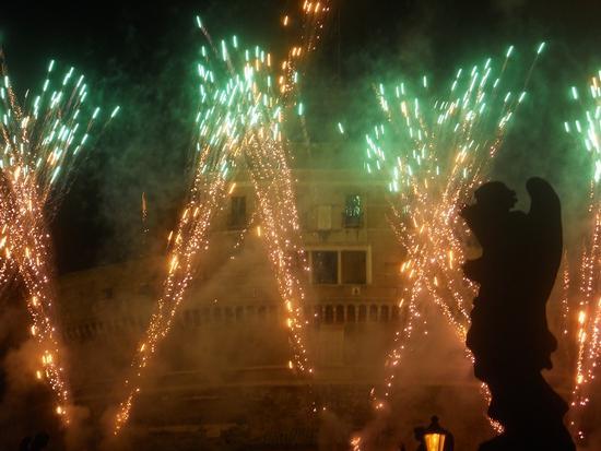 fuochi d'artificio al Castel Sant'Angelo - Roma (2073 clic)
