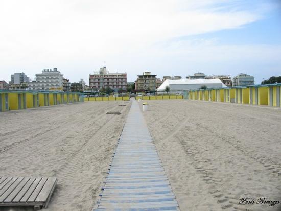 Spiaggia in ottobre - Sottomarina (1598 clic)