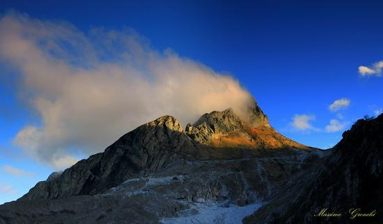Monte Cavallo....al vapore  - Alpi apuane (1732 clic)