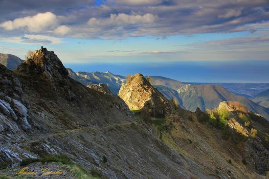 Vista sul Mare  - Alpi apuane (1900 clic)