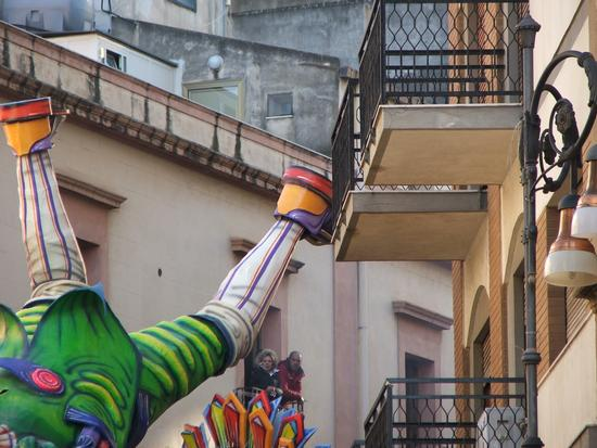 aiuto il mio balconeeee - Sciacca (2790 clic)
