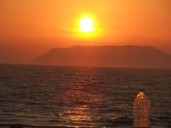 tramonto dietro favignana - Marausa (2461 clic)