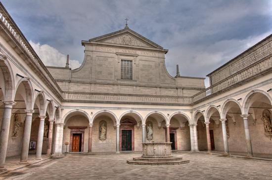 Abbazia di Montecassino (3050 clic)