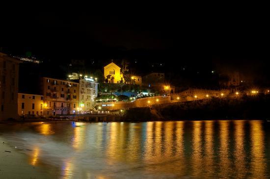Baia del Silenzio in Liguria - Chiavari (2001 clic)