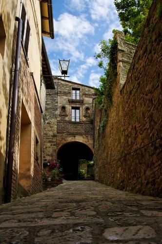 Vicoli di Cetona (3613 clic)
