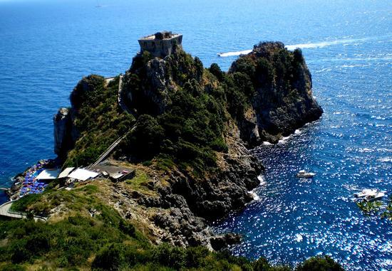 Torre del Capo di Conca - Conca dei marini (3682 clic)