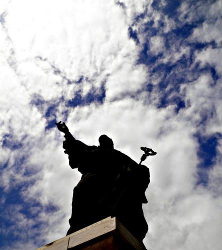 La statua di Benedictus Pacis Nuntius S. Benedetto - Cassino (2217 clic)