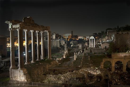 Foro Notturno - Roma (4362 clic)
