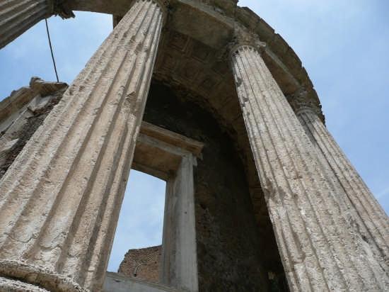 Tempio di Vesta - Tivoli (3406 clic)