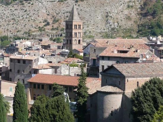 centro storico - Tivoli (2361 clic)