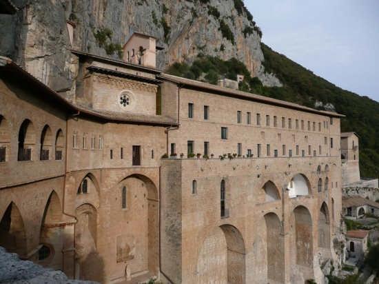 monastero dei benedettini - SUBIACO - inserita il 30-Jan-08