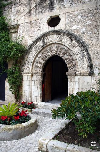 Portale De Leva, sec. XIV - Modica (4105 clic)