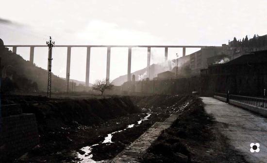 Ponte, stazionee cappuccini visti ra ciumara. Fine anni sessanta - Modica (3911 clic)