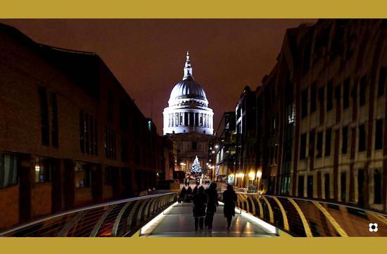 St. Paul e il Natale (506 clic)