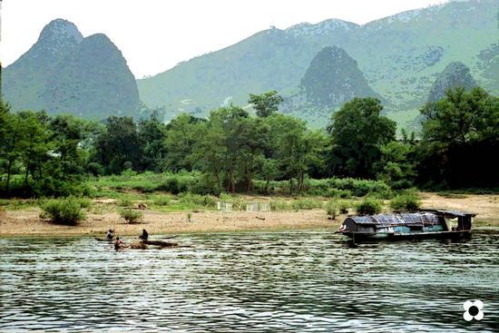 sampan sul fiume Lijiang (617 clic)