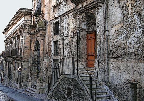 Per le vie di Modica foto n. 149 di Enzo Belluardo (2202 clic)