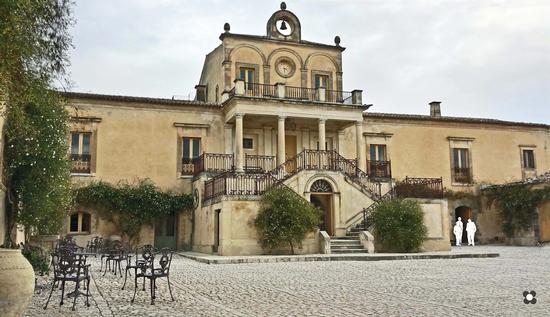 Villa Fegotto - Chiaramonte gulfi (313 clic)