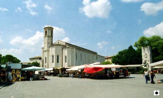 Gubbio 2003, Chiesa di San Francesco (1249 clic)