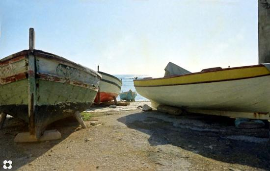 barche sulla battigia - Donnalucata (2519 clic)