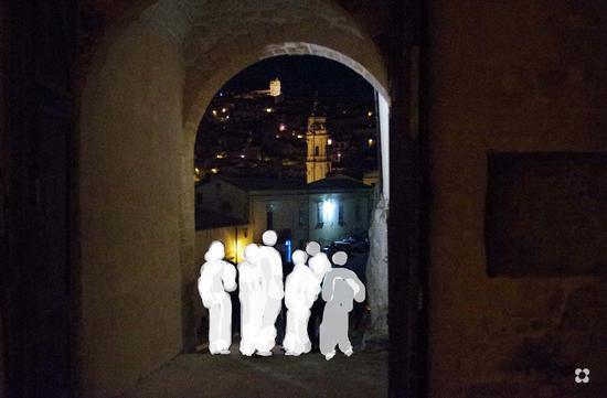 visitando il Castello di Modica, lato nord (332 clic)