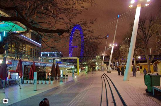 london eye (439 clic)