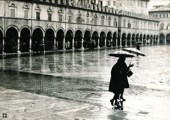 Ascoli in un giorno di pioggia - Ascoli piceno (3035 clic)