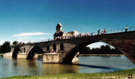 Sur le Pont d'Avignone (523 clic)