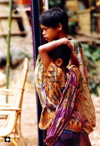 ragazzi del Borneo (471 clic)