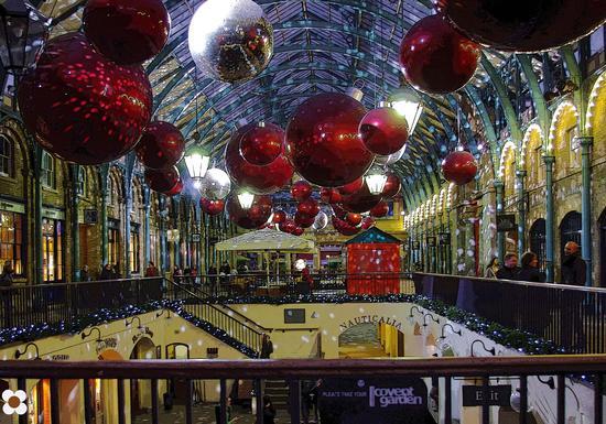 è Natale al Covent Garden (2239 clic)