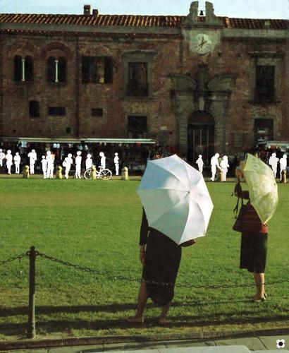 nella Piazza dei Miracoli - PISA - inserita il 20-Feb-13