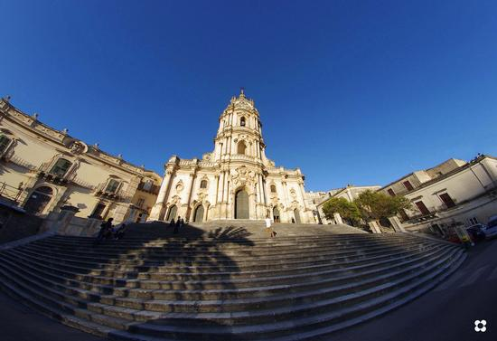 San Giorgio, la chiesa - Modica (3358 clic)
