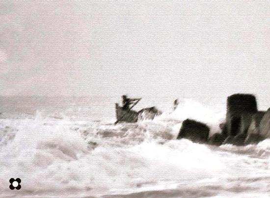 2- barca in uscita - Donnalucata (2268 clic)