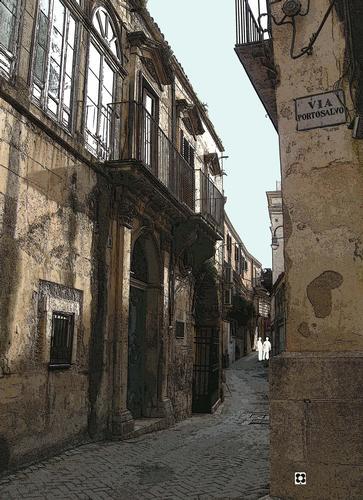 Per le vie di Modica n. 42 di Enzo Belluardo (2242 clic)